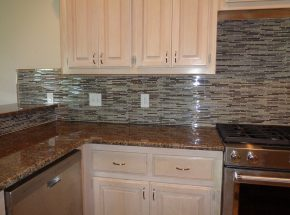 Amazing backsplash created by the kitchen remodel experts at Weber Home Improvement.